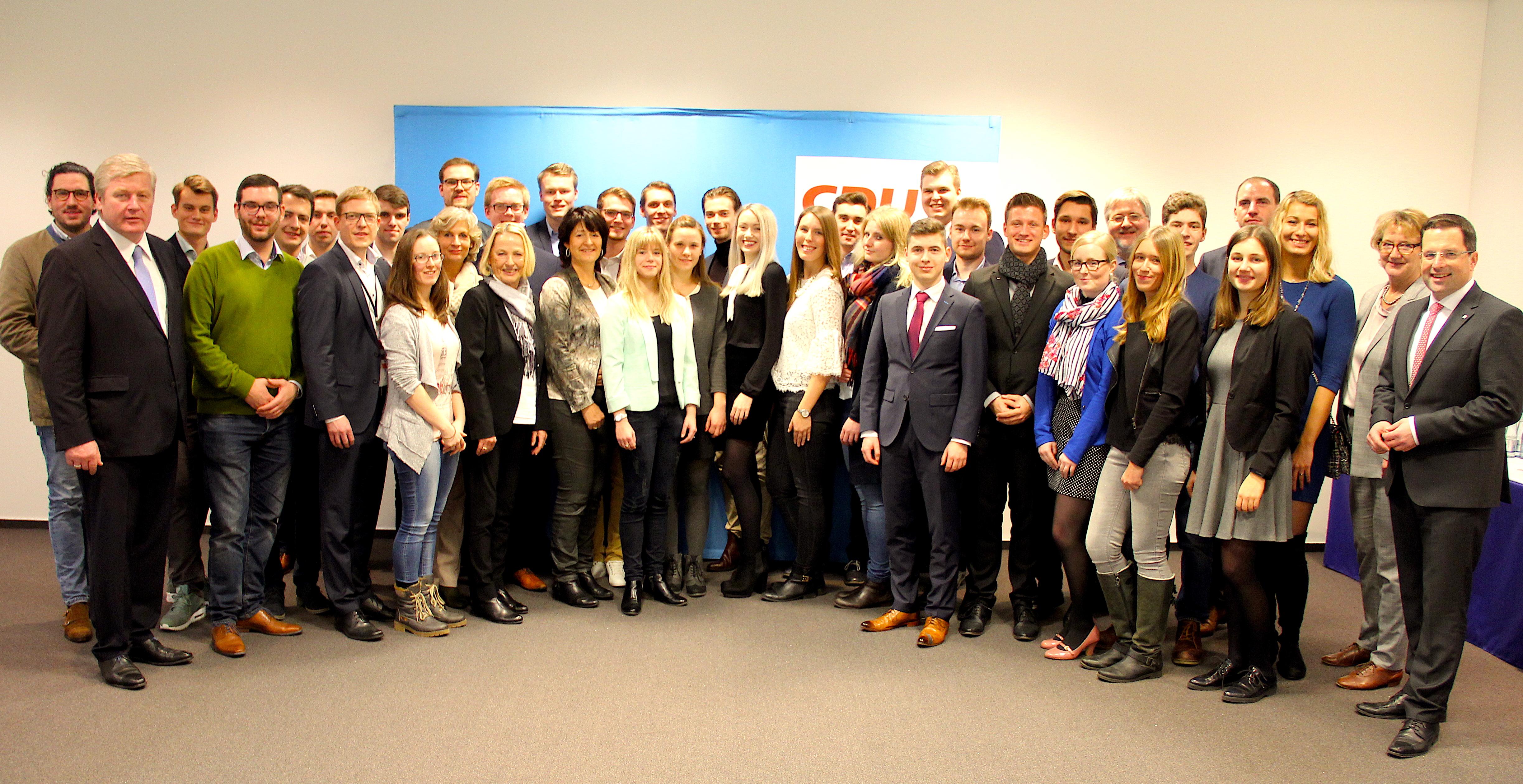 46 junge Niedersachsen absolvieren CDU-Talentschmiede   CDU in Niedersachsen a3aba3919b